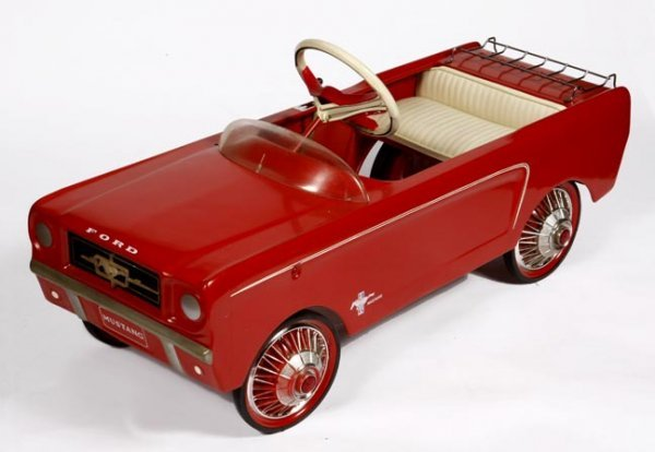 71: Pedal Car Ford Mustang