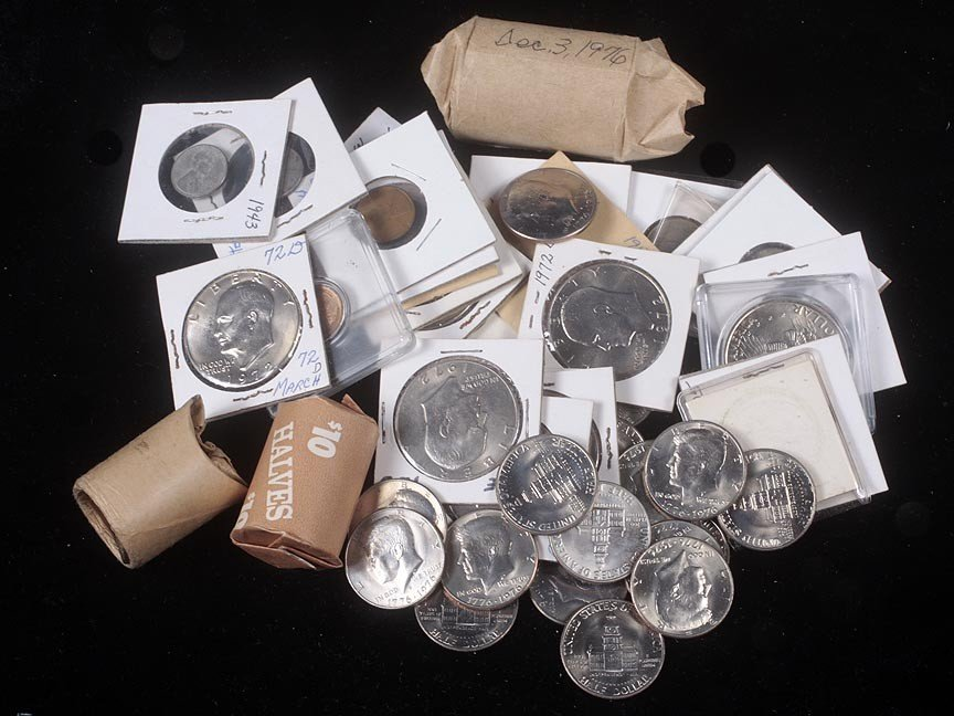77. Assorted lot of Bicentennial and Ike dollars
