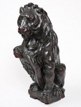 """21: 21. Early 18th Century  Carved Wooden Lion, 23"""" x 1"""