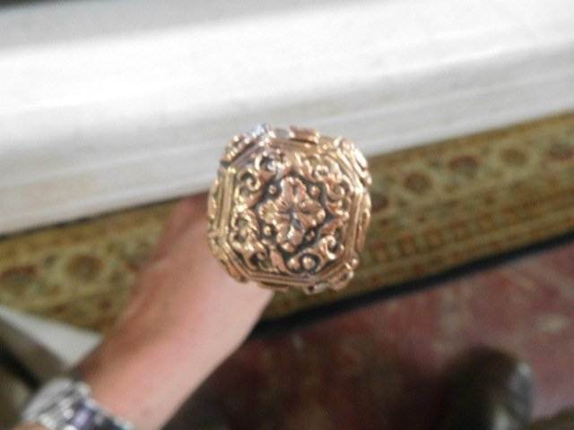 108. Rose Gold Dress Cane- Ca. 1850- A high relief cast - 4