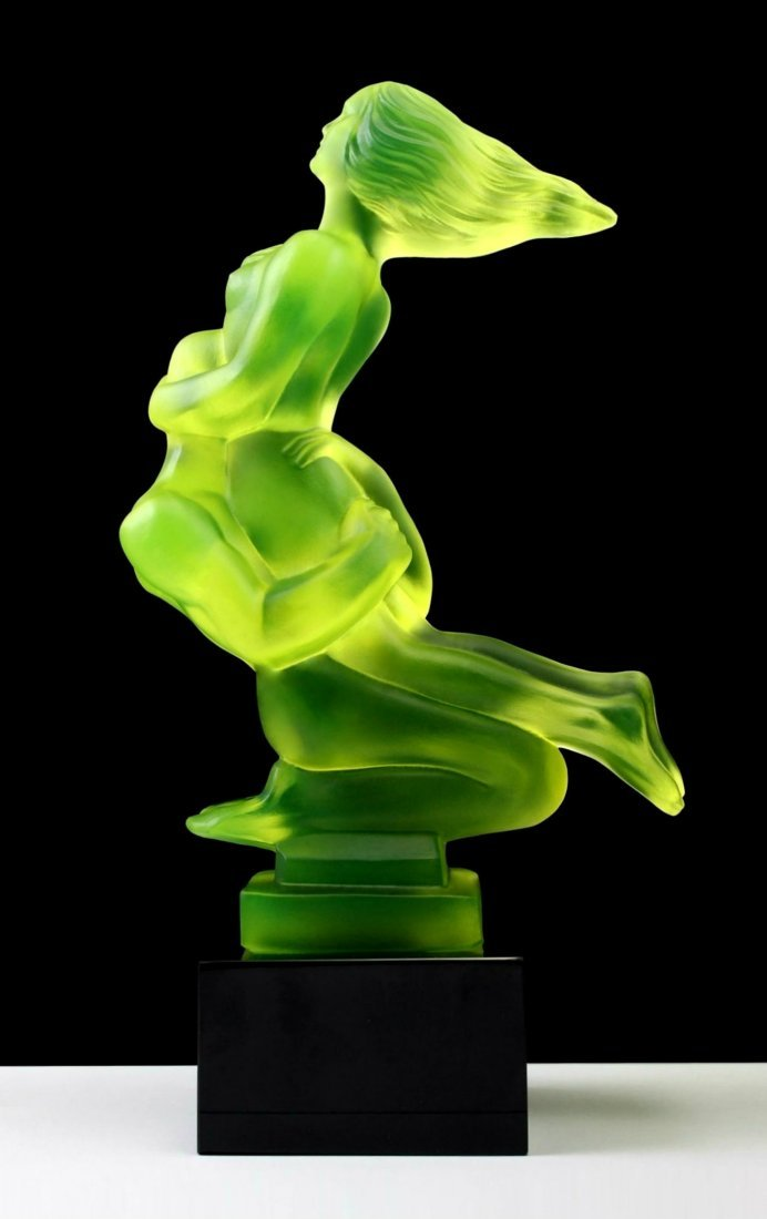 French Art Deco ' Nude Lovers 'Bohemia Glass Car Mascot - 3