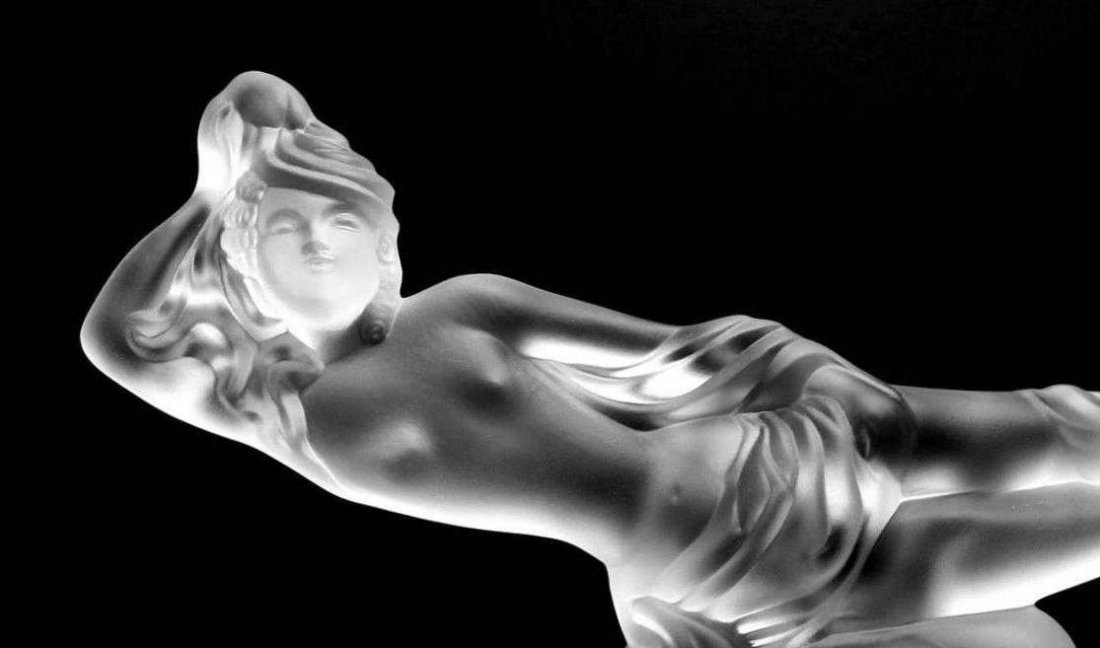 "French Art Deco Bohemia Glass \"" Large Nude Girl \\\"" - 3"