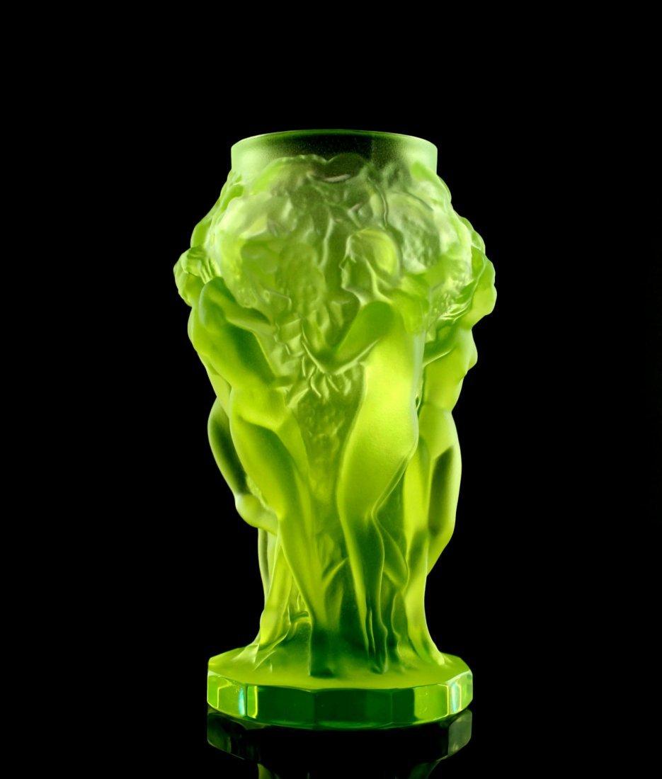 French Art Deco / Bohemian 1930 Vaseline Glass Vase - 3