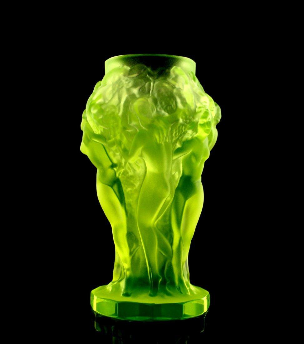 French Art Deco / Bohemian 1930 Vaseline Glass Vase - 4