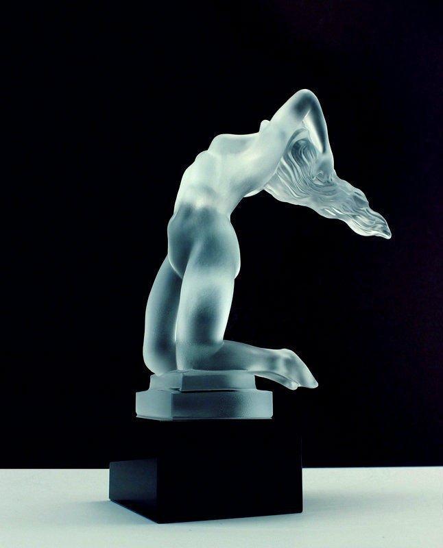 Art Deco Glass Sculpture 1930 Car Mascot for Collectors - 4