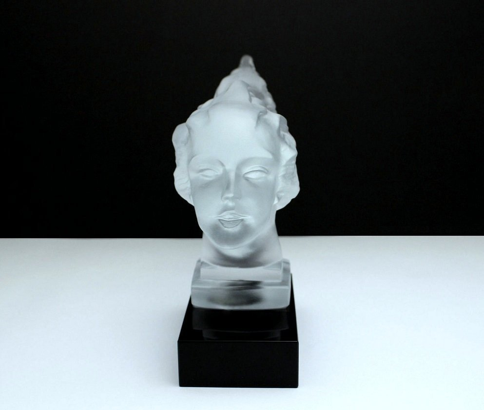 French Art Deco / Glass Statuette - 4