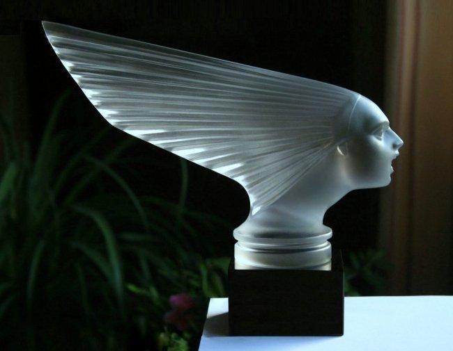 Art Deco Glass ' Victoire ' Car Mascot Statuette
