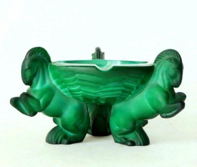 Art Deco 1930' Malachite Glass Bowl Ashtray