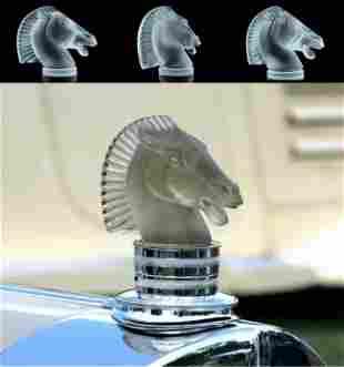 Art Deco 1930's Glass Figurine ' Longchamp ' Car Mascot