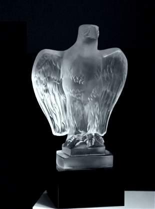 Art Deco 1930's Art Glass Figurine ' Eagle ' Car Mascot