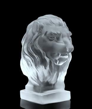 Art Deco 1930' Glass Paperweigh  ' Lion ' Hood Ormanent
