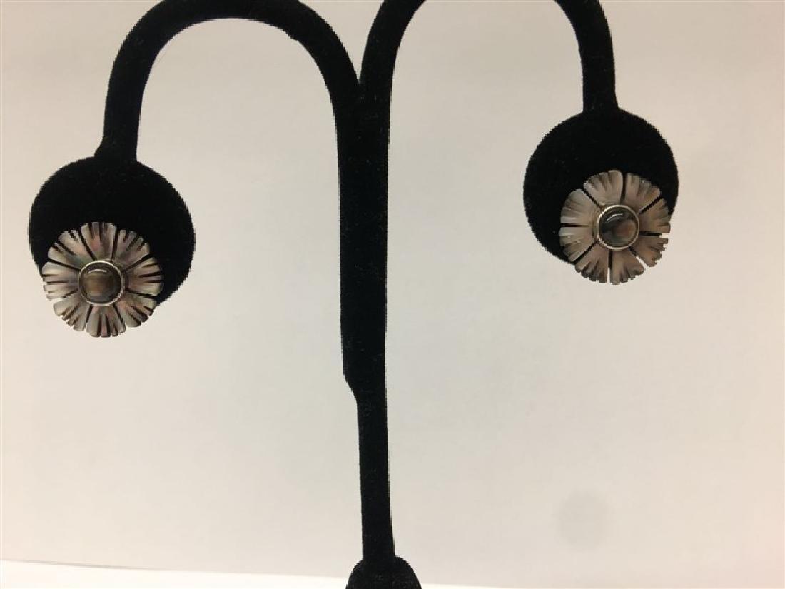 .925 Sterling Silver Shell Earring 2.77g