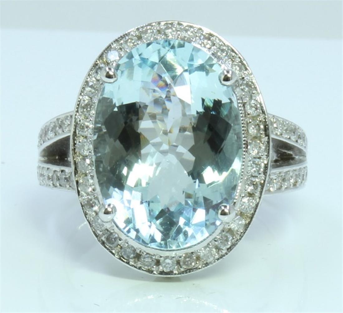 Aquamarine : 8.38ct / 14K White Gold Ring :