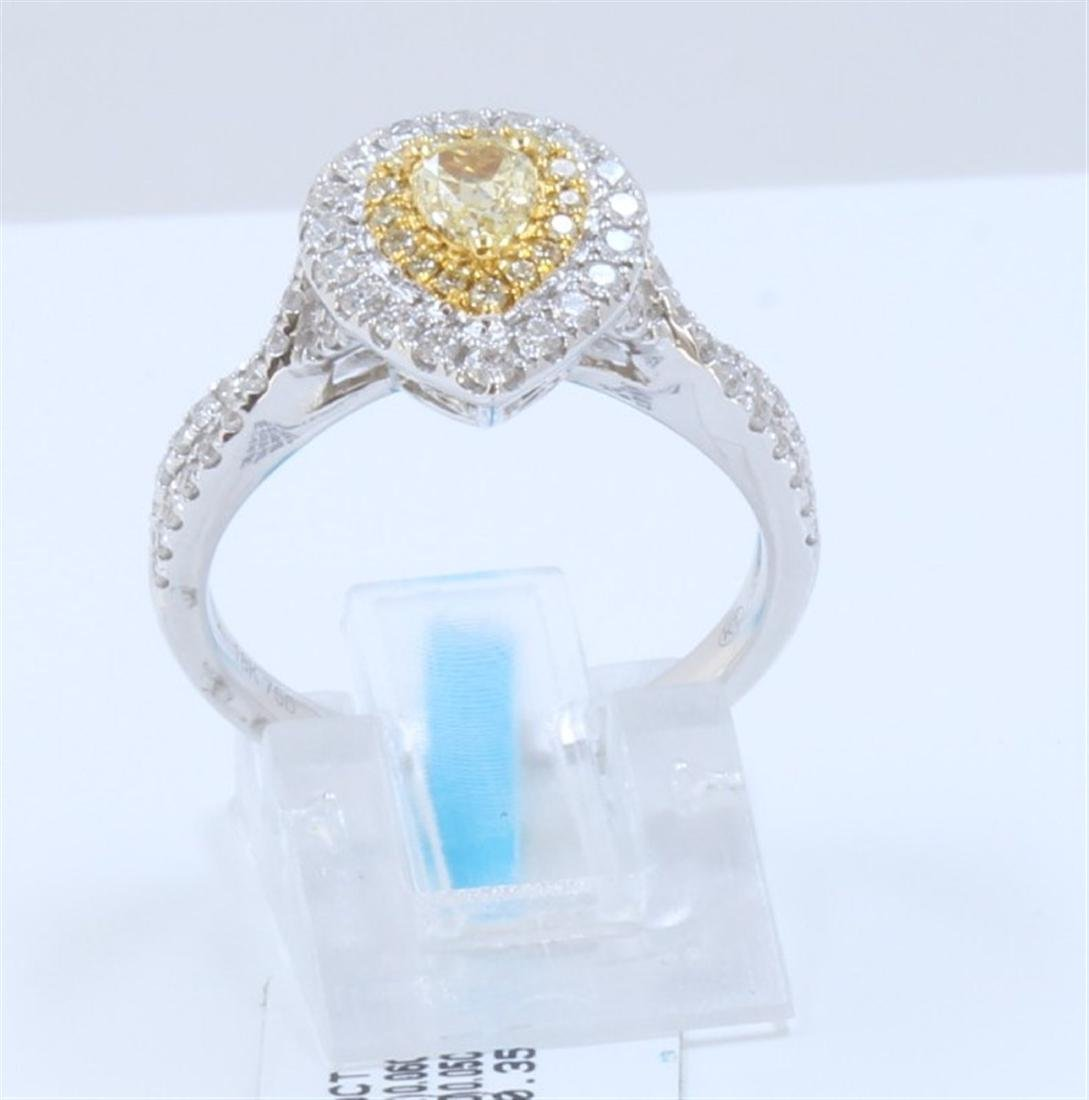 18K WHITYE AND YELLOW GOLD DIAMOND RING:4.96