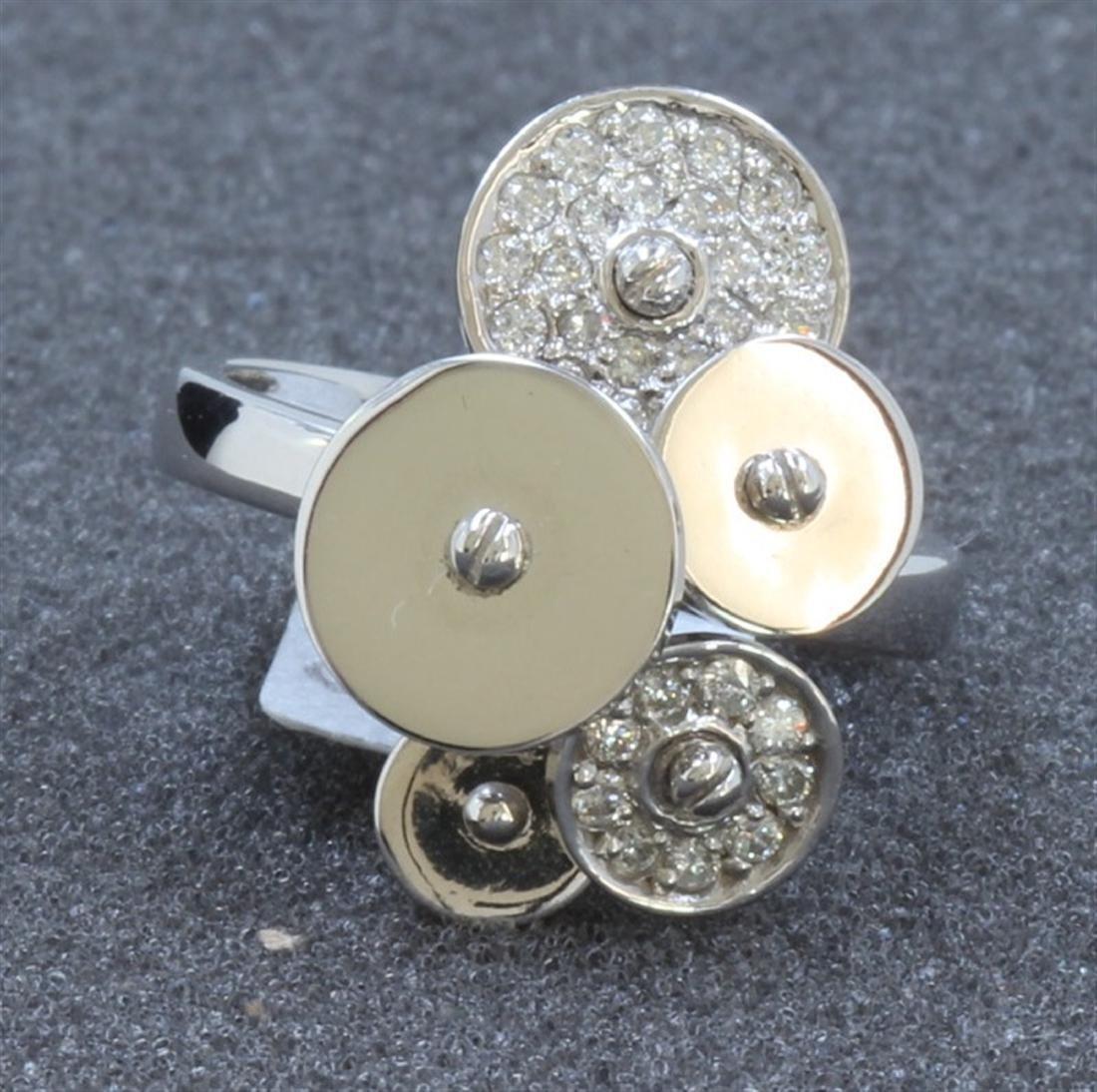 14K WHITE GOLD RING : 6.8g / Diamond: 0.33ct