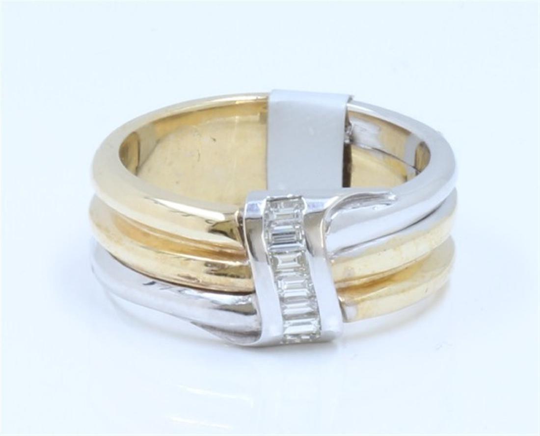 14K WHITE AND YELLOW GOLD DIAMOND RING:10.44 GRAMS