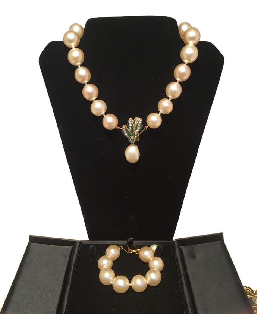 RARE Chanel Pearl and Enamel Necklace and Bracelet Set