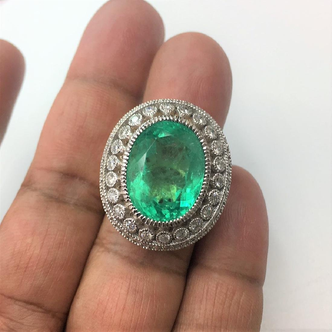 14.78ct Natural Emerald 18K White Gold Ring