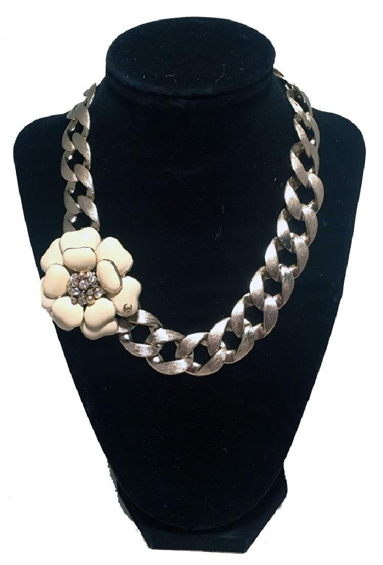 Chanel Silver Chain Camellia Flower Choker Short