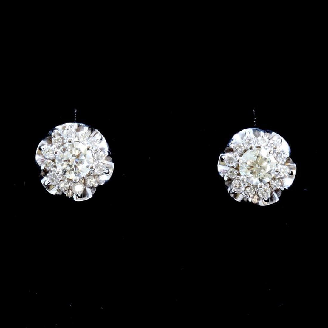 0.74ct Diamond 18K White Gold Earring