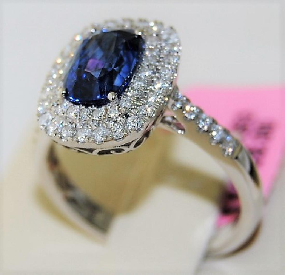 Sapphire 2.18ct 18K White Gold 4.00gm Ring