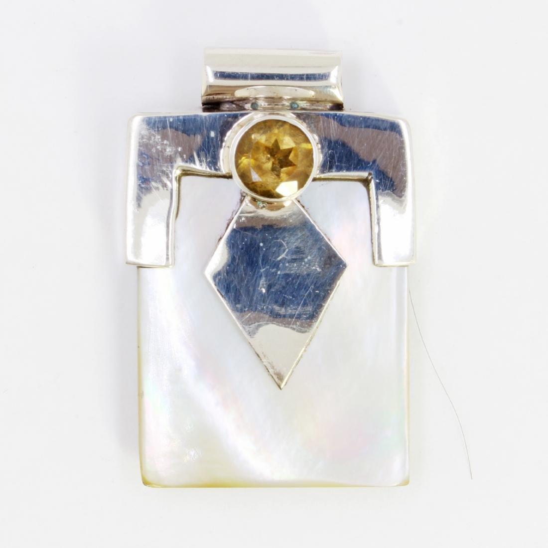 12.92gm Silver & Natural gemstone Pendant