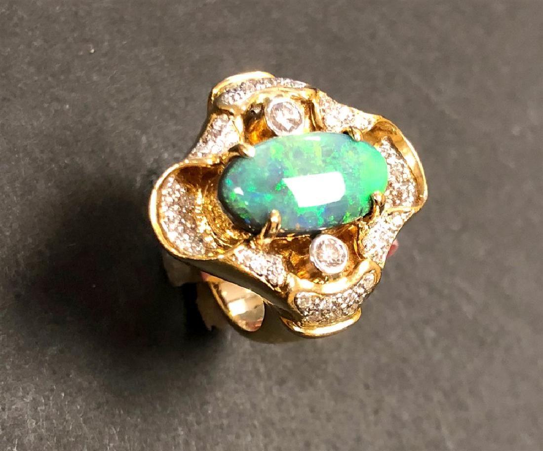 hollywood c 18 k yellow gold black australian opal &