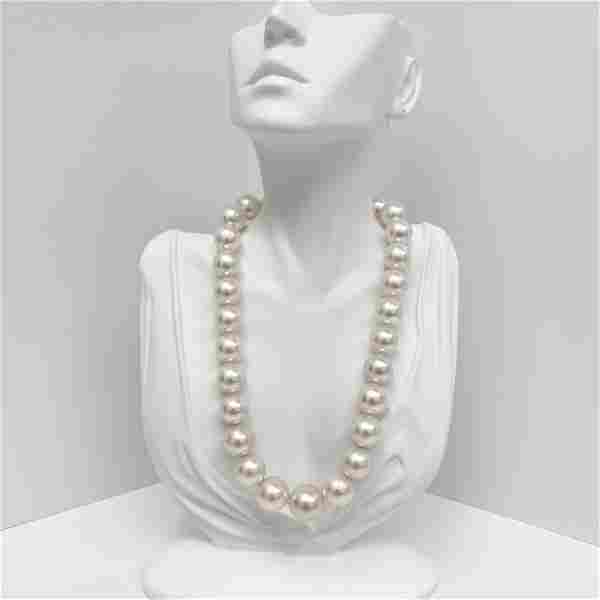 15-18mm South Sea White Round Pearl Necklace with Gold