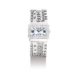 Classique WG on Bracelet Model #109044/1001