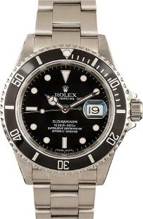 Pre-owned Rolex Submariner 16610T