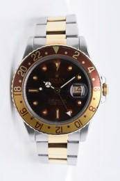 Pre-owned ROLEX GMT Model #16753 S/G 40MM #A2303