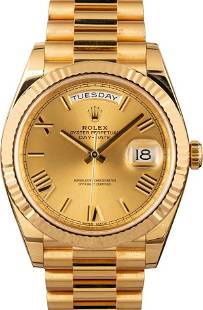 Pre-owned Rolex President Day-Date II - 228238