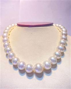 Button white south sea pearl 12-14mm 33pcs 16inches