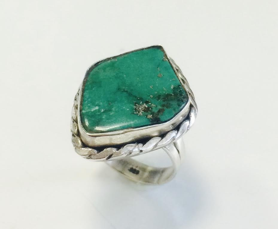 Sterling Silver .925 Turquoise Ring 9.95g RS7.75