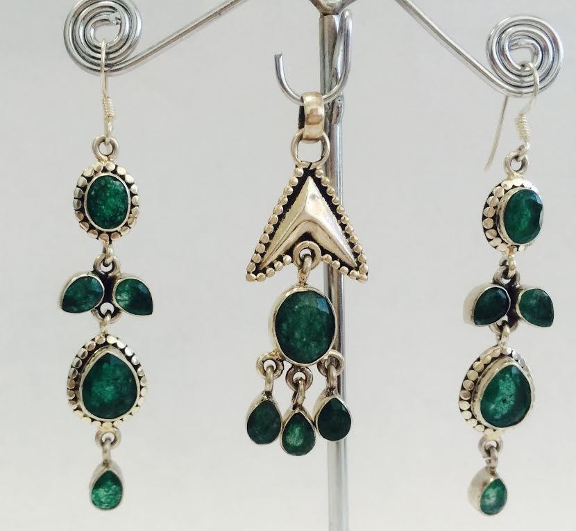 Sterling Silver .925 Emerald Beryl Earring 17.44g