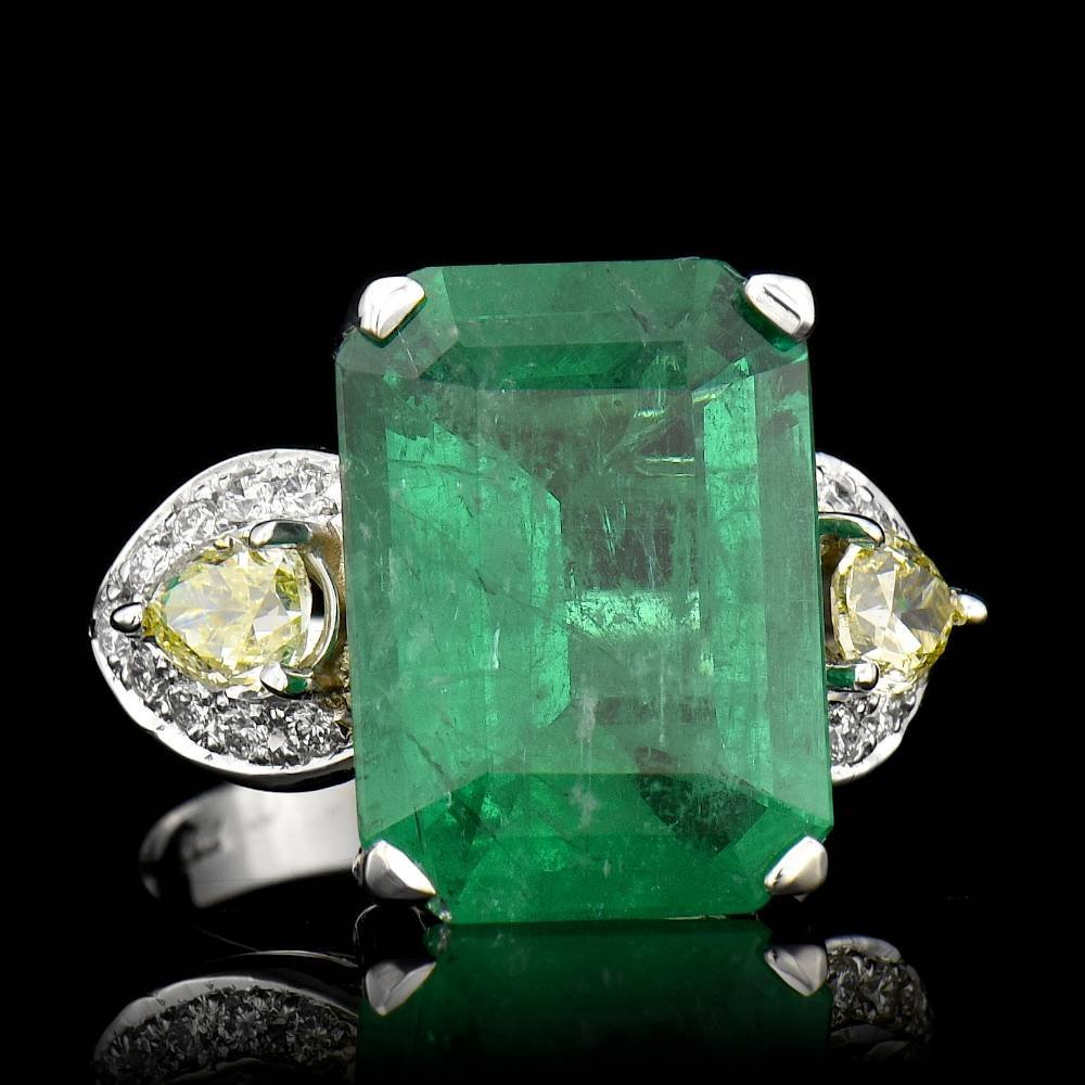 ONE CENTER NATURAL EMERALD CUT COLOMBIAN EMERALD TW