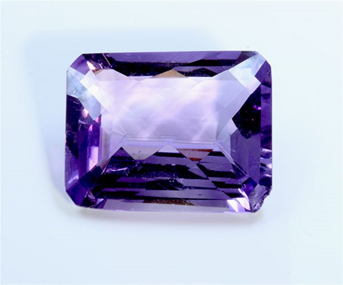 8 ct & up Amethyst Emerald Cut ctw