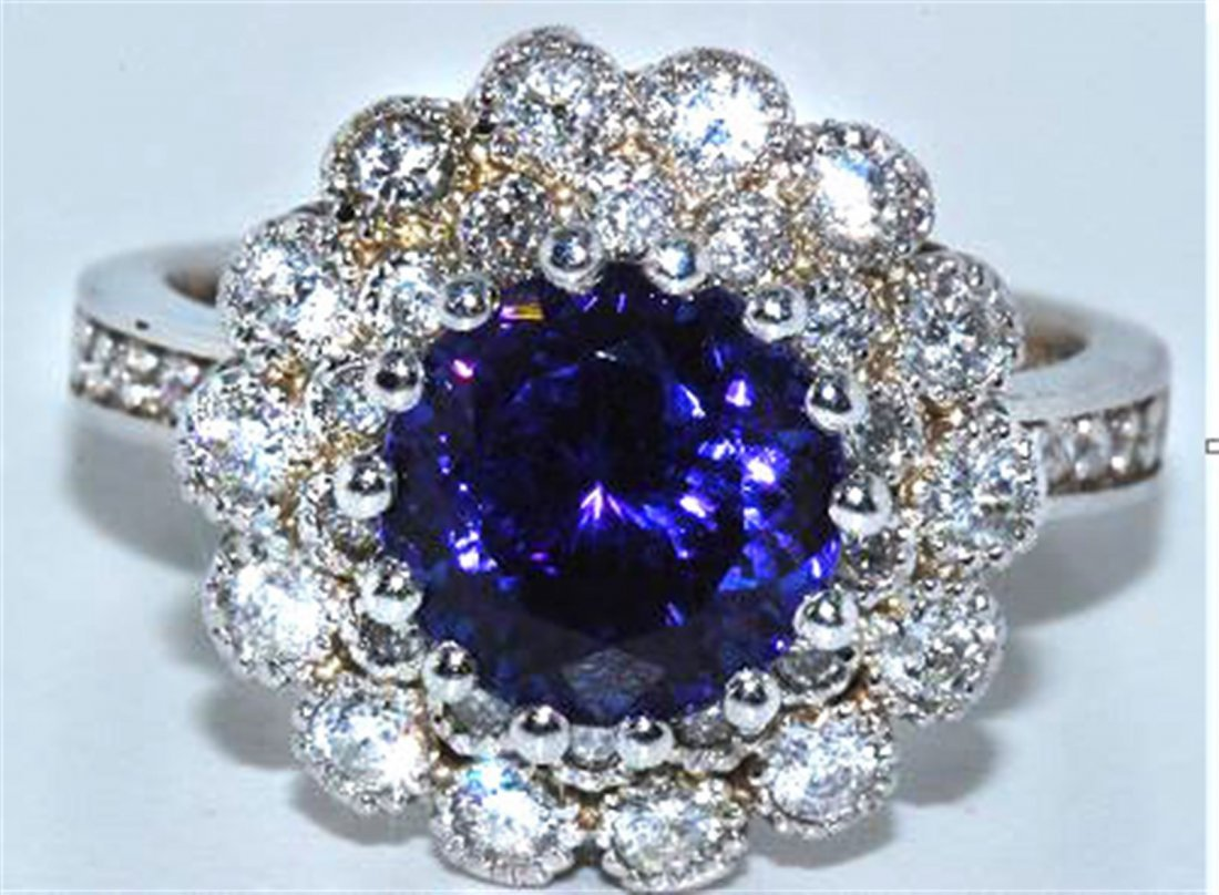 Tanzanite  4.31 ctw & Diamond Ring 18KW