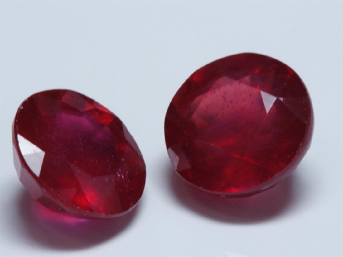 Pair of Round Ruby Loose Stones 2.5 ctw or over