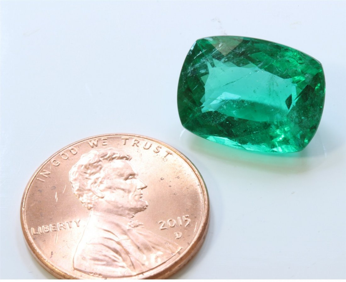 NATURAL EMERALD 7.88CT VERY NICE COLOR VERY WELL CUT