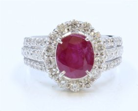 14k White Gold Ring 7.6gram Diamond 1.42ct Ruby Center