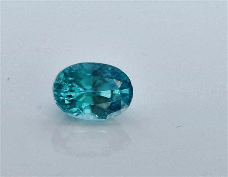 1.82ct Oval Shape blue Zircon