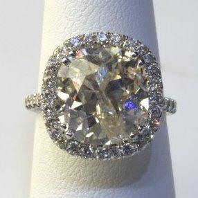 18K White Gold 8.62ctw Cushion Cut Diamond Ring
