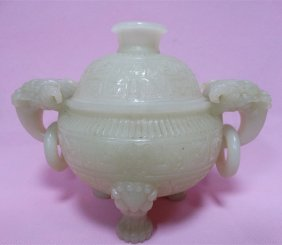 Chinese Hetian Jade Dragon Head 3 Legs Incense Burner