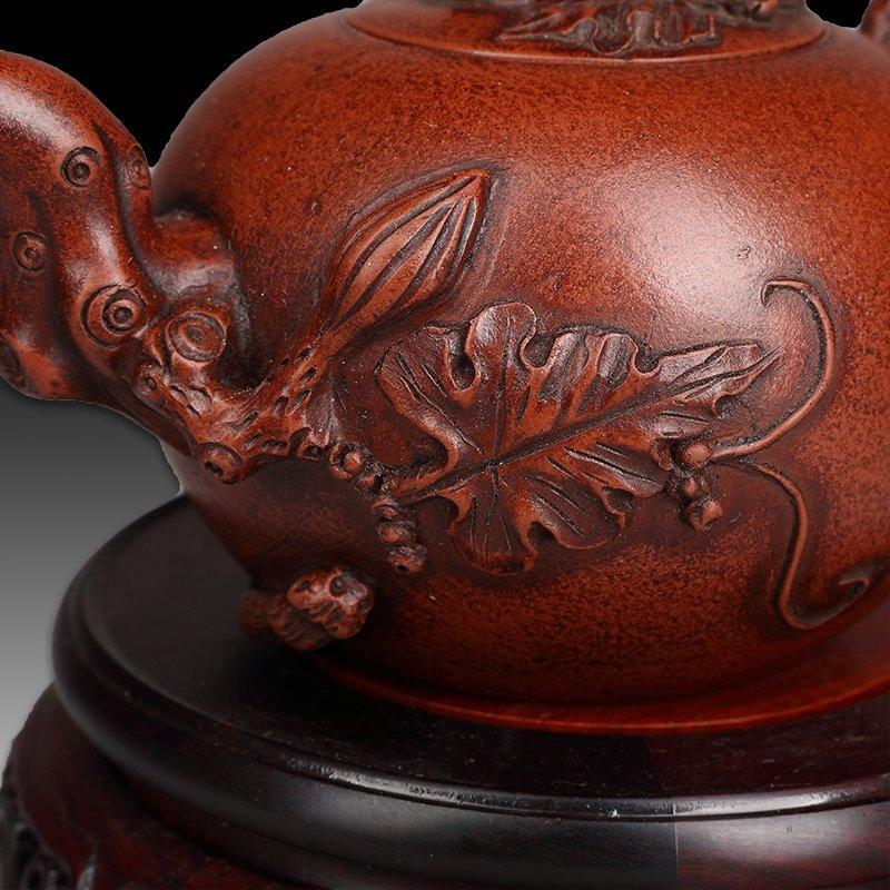 Chinese zisha teapot and cover.(Mark of Wang yinxian). - 3