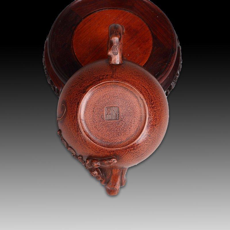 Chinese zisha teapot and cover.(Mark of Wang yinxian). - 5