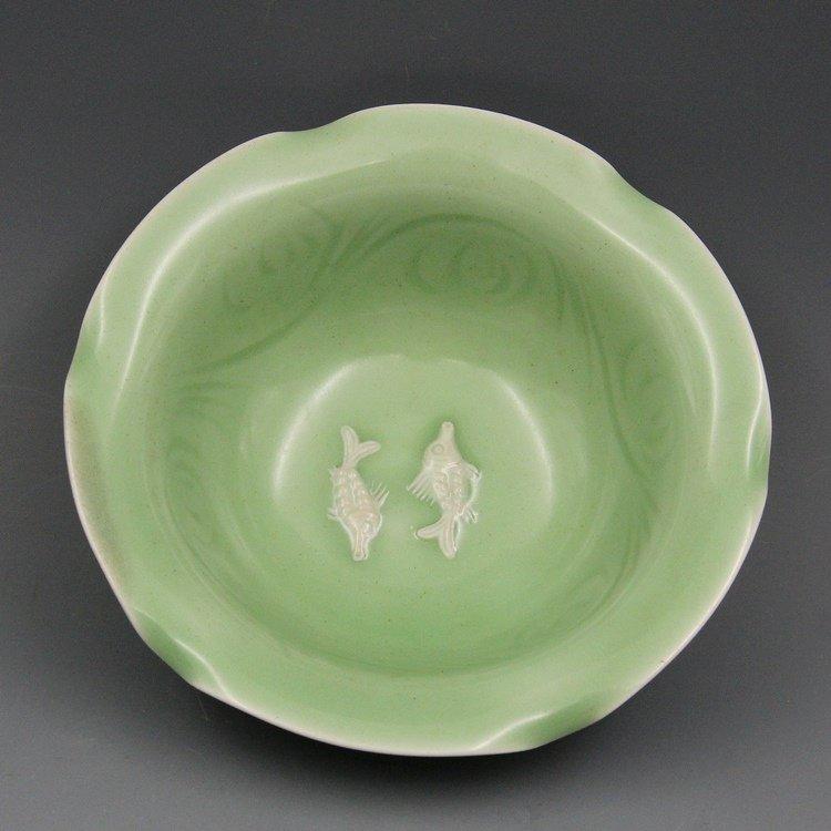 Chinese Song Longquan Kilt Porcelain Bowl - 4