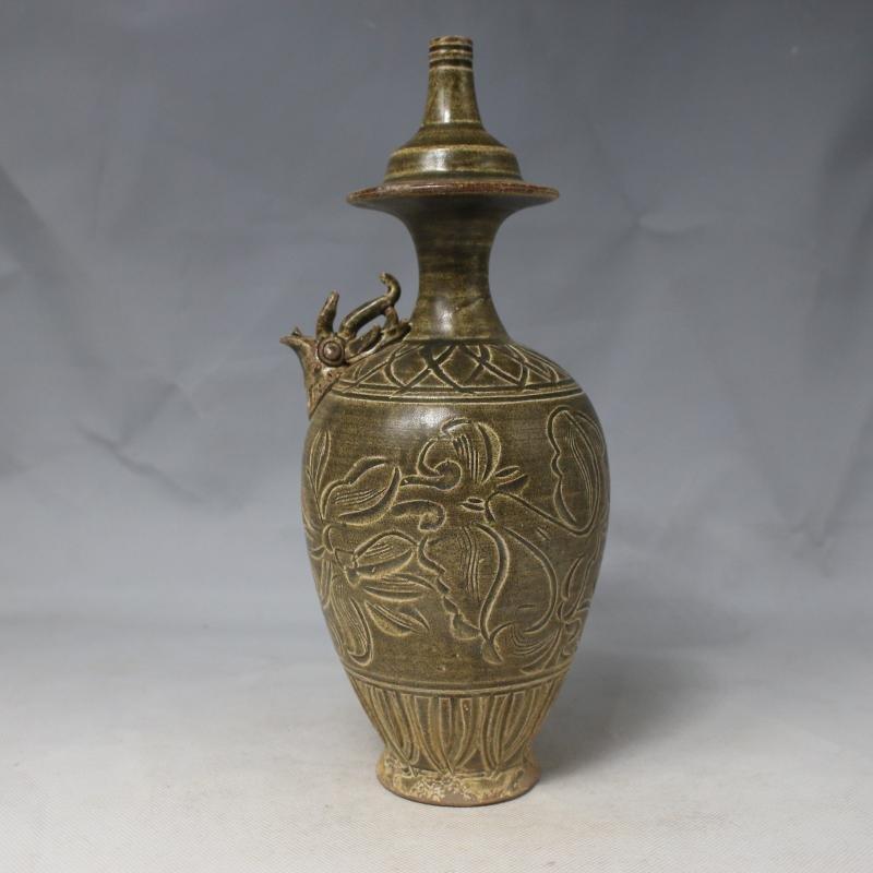 Chinese Song Yueyao Porcelain Vase