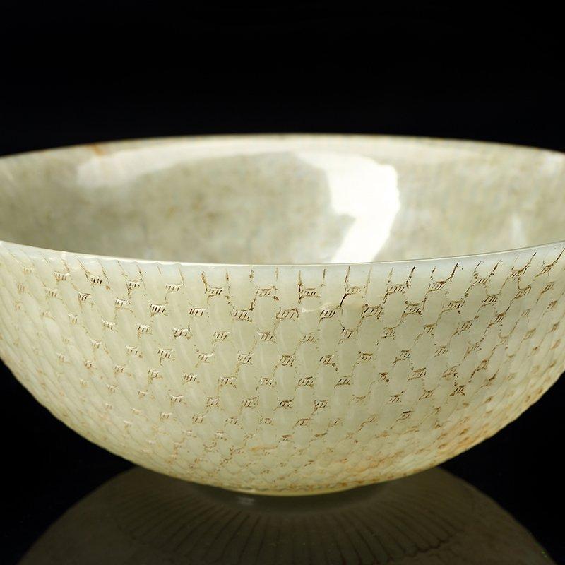 Chinese Qing Dynasty  Hetian jade bowl - 2