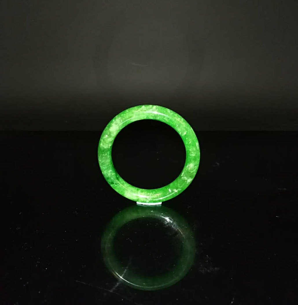 Chinese Qing Dynasty Jade Bracelet - 2